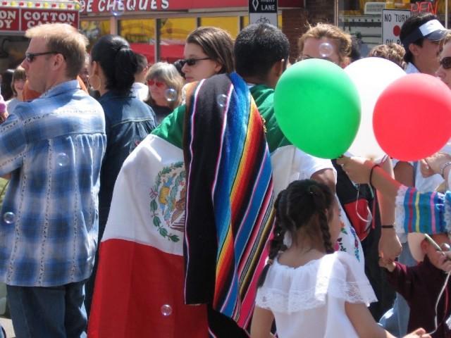 2006-cinco-de-mayo-festival-04_143226750_o