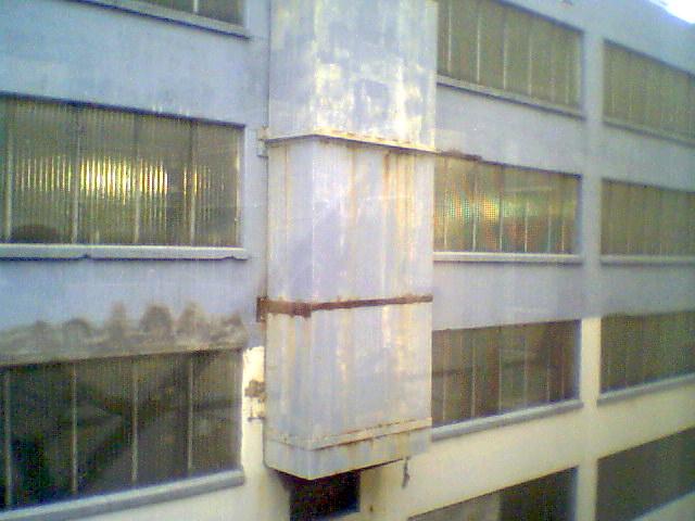 back-of-mpls-parking-ramp_127618278_o